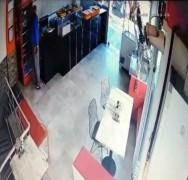 15 saniyede kasayı soyan hırsız kameraya yakalandı