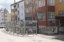 Elazığ'da 11 apartmandaki karantina kaldırıldı