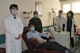 """Elazığ'da Koronayı yendiler, ailece """"İmmün Plazma"""" tedavisi için bağışçı oldular"""