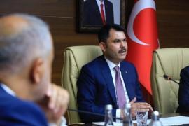"""Bakan Kurum:""""""""Bingöl'de 638, Erzurum'da 189, Erzincan'da ise 38 bina ağır hasarlı ve yıkık"""""""
