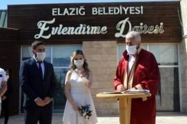 Elazığ'da Covid-19 tedbiri, nikahlara gelin ve damat dahil 10 kişi katılabilecek