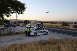 Elazığ'da jandarma, drone destekli uygulamayla vatandaşları uyardı