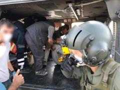 Elazığ'da yaralı çiftçi, askeri helikopter ile hastaneye ulaştırıldı