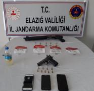 Elazığ'da uyuşturucu operasyonu:3 gözaltı