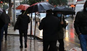Elazığ'da sağanak yağış etkili oluyor