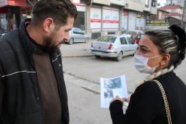 Ebru öğretmen kayıp kedisini sokak sokak arıyor