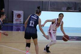 Kadınlar Basketbol Süper Ligi: Elazığ İl Özel İdare: 83 – Samsun Canik Belediye: 34