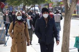 Kırmızıya dönen Elazığ'da vatandaşlar birbirini uyardı