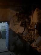 Deprem bazı köy evlerine hasar verdi, kayalar yuvarlandı