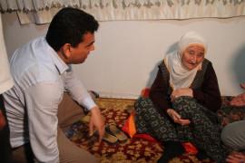 """Depremden etkilenen köyleri gezen Kaymakam Şahin: """"Devletimiz burada vatandaşlarımızın tüm ihtiyaçlarını giderecektir"""""""
