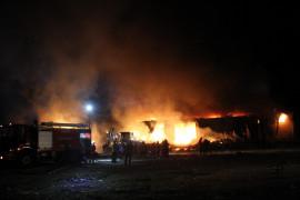 """""""Elazığ OSB'deki tesis yangını, kontrol altında 10-12 saat devam edebilir"""""""