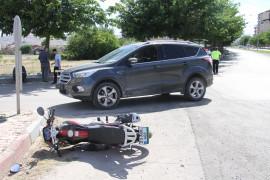 Elazığ'da otomobil ile motosiklet çarpıştı: 2 yaralı