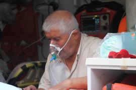 Elazığ'da yangın, 2 kişi dumandan etkilendi