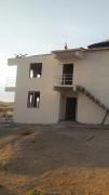 Elazığ'da şiddetli rüzgar 3 evin çatısını uçurdu
